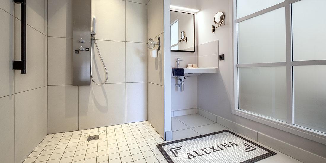 Alexina, salle de bain PMR