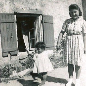 Ancienne photo mère et fille Le Pas des Eaux à Angoulins